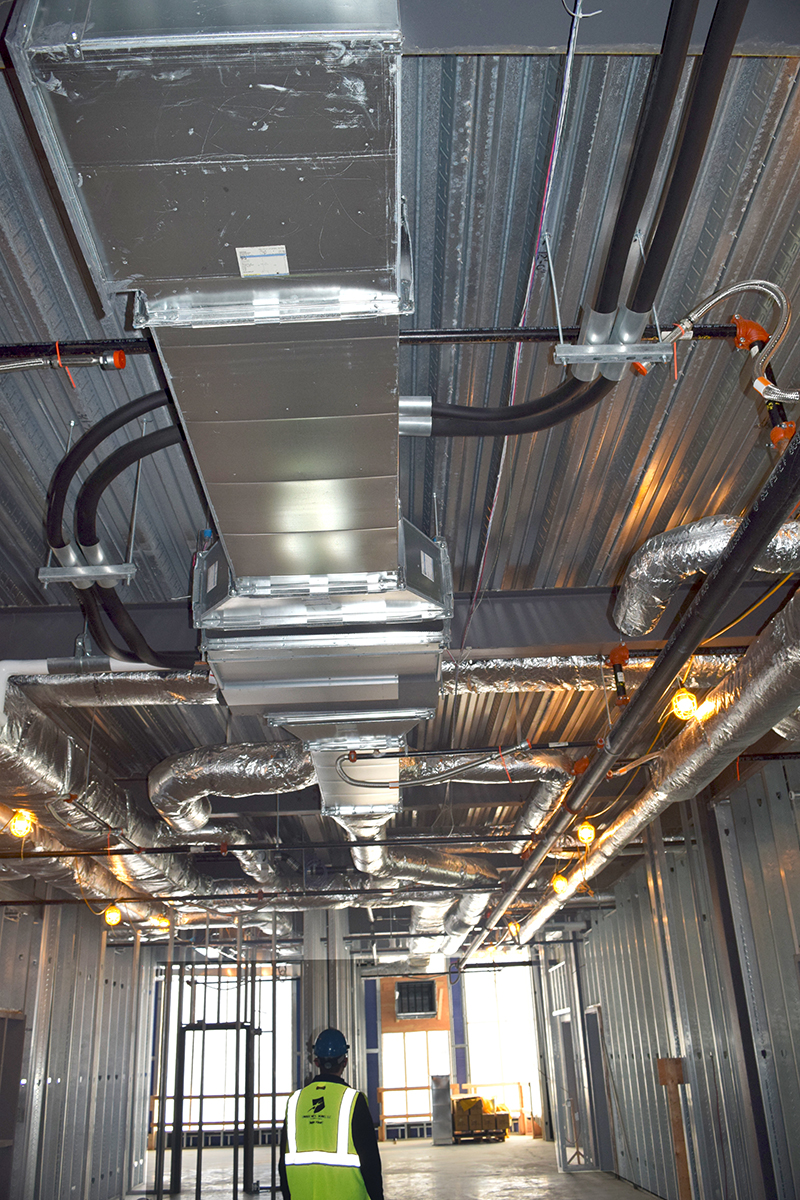 Duct to FCU and terminal boxes (VAVs).